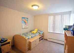 Beautiful All-Inclusive 2 Bedroom Near Fairview Mall Kitchener / Waterloo Kitchener Area image 6