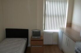 Small Bedsit, Turnkpike Lane, £800 All Bill Inc Excpt Council Tax (DSS Welcome)