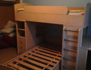 Canadian-made Twin Loft Bed w/Floating Twin Bed (w/mattresses)