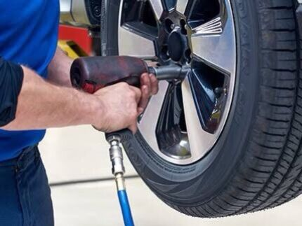 Car servicing from $60p/h