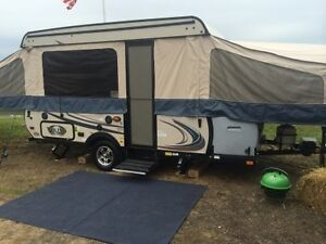 2015 FOREST RIVER VIKING