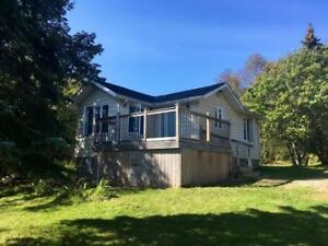 Waterfront home for rent Clearwater Lake
