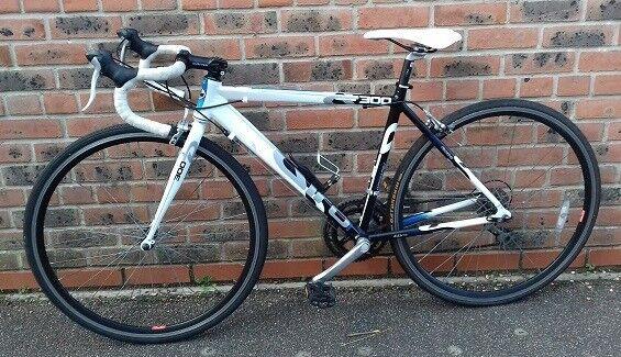 Ladies Dawes Giro 300 Road Bike and Car Rack