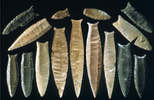 ARROWHEADS POINTS AND RELICS
