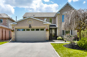 251 Glenway Circle, Newmarket - 4+1 BR 3WR Stunning Family Home