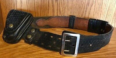 Black Leather Size 30-34 Police Duty Gear Belt Hand Cuff Case Holder 2 X Snap