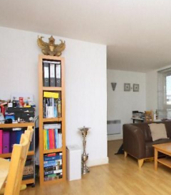 1 bedroom house in 37 Commercial Road, London, E1