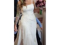 10 - 12 Pronovias Ipanema wedding dress