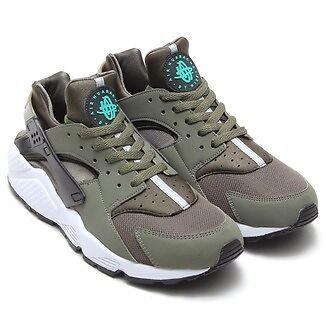 5e42f4ca6a5e5 Nike Air Huarache Iron Green
