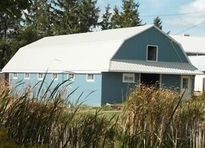 Private 9-stall barn for rent