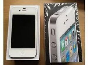 AMAZING DEAL! IPHONE 4, WHITE, ROGERS, CHATR