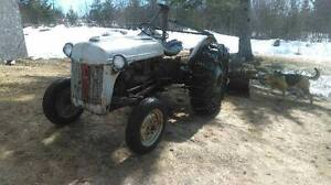 8N FORD TRACTOR FOR SALE