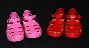 UMI Boutique Fisherman Jelly Shoe Sandals in Size 10.5 - 11.5 US