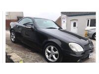 Wanted Black Mercedes slk.