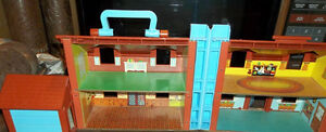 Fisher Price Little People Folding Doll House London Ontario image 8