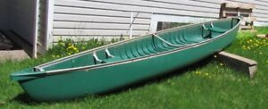 Canoe, Coleman 15-16 Foot 4 person 570 pounds will take motor