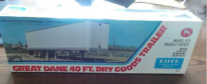 ERTL Model truck trailer: Great Dane new old stock for sale