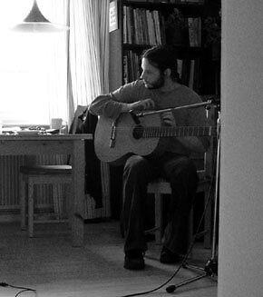 Andreas F. ist ambitionierter Musiker und Plattenjunkie.
