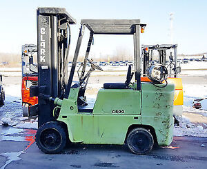 Used O500-s80 Clark Forklift Indoor