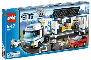 BNIB LEGO CITY SET 7288