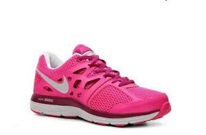 Women s Size 8 Nike Dual Fusion 4003afbe9d