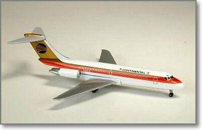 AeroClassics- Continental Air DC-9-15      ACCOA078