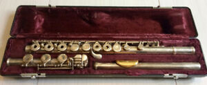 Armstrong Model 80 Flute (Sterling Silver, Gold lip plate)
