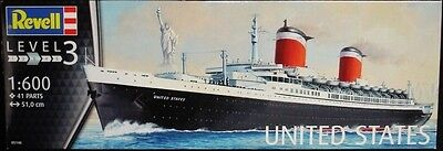 Revell Germany 5146 SS United States Ocean Liner model kit 1/600