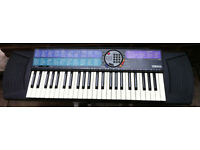Yamaha PSR-77 Electronic Keyboard SYNTHESIZER Full-Size Keys with power Adapter