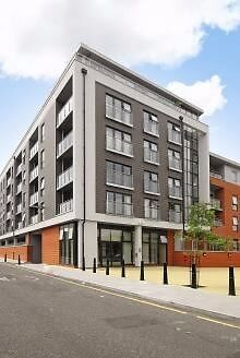 MUST SEE 3 DOUBLE BEDROOM APARTMENT IN MODERN DEVELOPMENT BOW MILE END BOW QUARTER