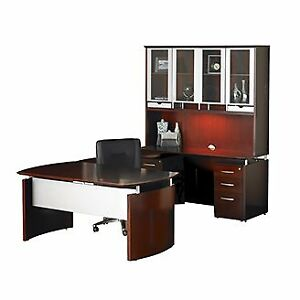 ***Executive Desk***Veener ***Floor Model***
