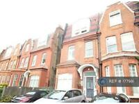3 bedroom flat in London, London, NW6 (3 bed)
