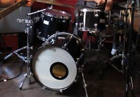 Mapex Saturn Drums 18in Bass, 12in Tom, 14in Tom. Hardcases included.