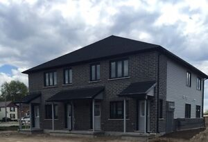 BRAND NEW 3 BEDROOM APARTMENTS IN LISTOWEL Stratford Kitchener Area image 2