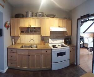 Large apartment in Westboro w parking, laundry, great location