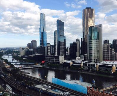 Apartment in Melbourne CBD with great location and awesome view!!