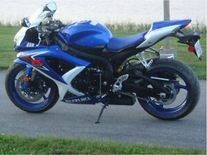 Suzuki GSX - R600 Lady Driven