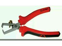 T3754 C.K RedLine Wire Strippers 125mm
