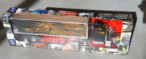 Peterbilt die cast transport  model in box