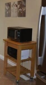 Kitchen Cart Buy Sell Items Tickets Or Tech In Hamilton Kijiji Classifieds