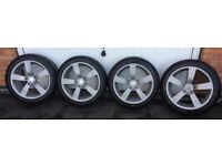 Four Yokohama alloy wheels and tyres