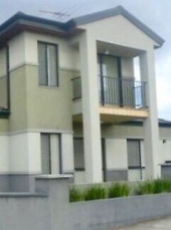 Large room with ensuite and balcony for rent