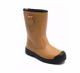 WORKWEAR CLEARANCE - Stanley DeWalt Mascot Site Branded Safety Boots and Clothing at low prices!
