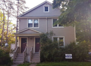 Main Floor 3 Bedroom Flat in amazing South End Location!