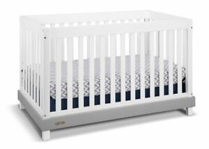 Graco Crib with Mattress (Clearance Item)