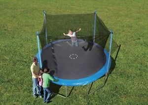 12' Trampoline & Enclosure Combo - 2 years old