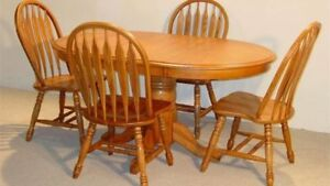 Amish Oak Kitchen Table And 6 Chairs Plus 2 sleeves