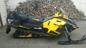 MXZ TNT 1200 cc 4-tec