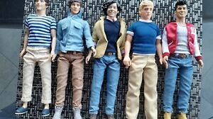 "Complete set of 2012 HASBRO--ONE DIRECTION--11"" Figures"