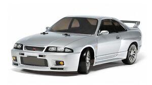 Tamiya 58604 1/10 RC Car TT-02D Drift Chassis Nissan Skyline GT-R R33 w/ESC